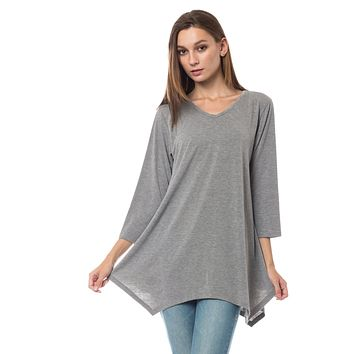 LE3NO Womens Loose Fit 3/4 Sleeve Handkerchief Hem Tunic Top