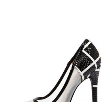 Grid Strides Black and White Pointed Pumps