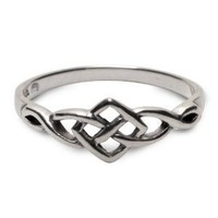 Petite Celtic Ring in sterling silver - size 9
