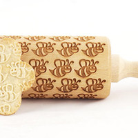 Lovely bees pattern - embossed, engraved rolling pin for cookies