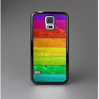 The Rainbow Highlighted Wooden Planks Skin-Sert Case for the Samsung Galaxy S5