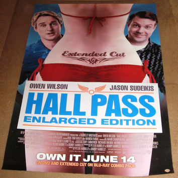 Hall Pass Enlarged Edition Extended Cut Movie Poster 27x40 Used Owen Wilson, Patricia French, Christina Applegate, Richard Jenkins, Daniel Greene, Zen Gesner, Alyssa Milano, Kathy Griffin, Tyler Hoechlin, Ron Brown, Terry Mullany, Christa Campbell