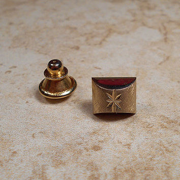 Diamond Cut Star Vintage Tie Tack Lapel Pin Brushed Gold Tone Mens Mid Century 60s Groovy Hipster Jewelry Guys Formal Wedding Prom Accessory