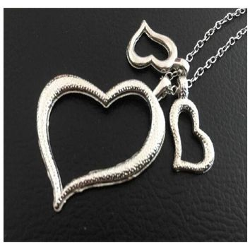 Three Heart Shaped Pendant Necklace For Women