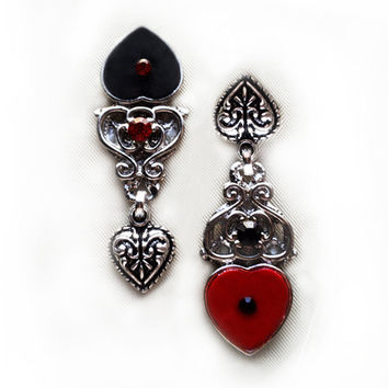 Gothic silver earrings 'The red queen' alice in wonderland tim burton hearts spades filigree corpse bride goth