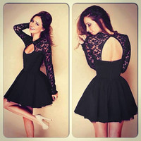 Lace Backless Long-Sleeved Short Dress