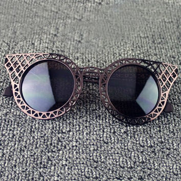 Cut Out Mesh Round Sunglasses