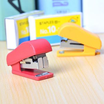 Candy Pure Color Cute Mini Stapler NO.10 Plastic Portable Kawaii Stapler Paper Office Accessories Mini Binder Stationary Set
