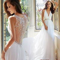 Beach Vestido De Noiva 2016 A-line Deep V-neck Appliques Beaded Vintage Wedding Dresses Wedding Gown Bridal Dresses Bridal Gown