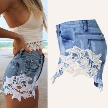 Fashion Lace Patchwork Women Denim Shorts 2016 Side Lace Crochet Sexy Skinny Plus Size S Xxl Women Jeans Summer Hot Shorts B6506