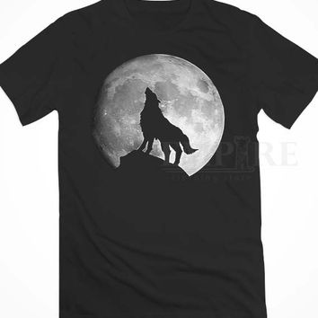 Wolf Howling Animal - Moon Wolf Howling Animal Unisex/Men Tshirt All Size