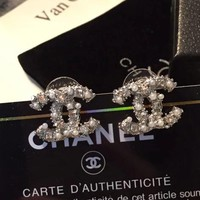 8DESS Chanel Women Pearl Fashion Rhinestone Stud Earring Jewelry