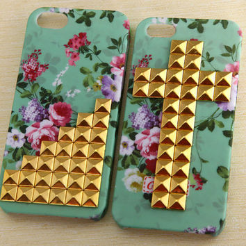Iphone 5 Case, studded iphone 5 case, golden studded Iphone case, mint green Iphone 5 Hard Case, vintage style