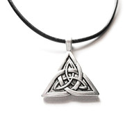 Silver Celtic Knot Triquetra Necklace Choker/Irish celtic jewelry/Scottish jewelry/Pagan/Outlander/Charmed/St.Patrick'sDay