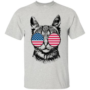 Cat USA Flag Hippie Glasses 60s 4th of July Patriotic Merica Funny T-shirt