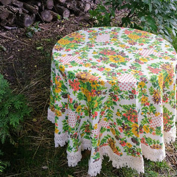 Vintage 66 Inch Round Cross Stitch Floral Tablecloth with Fringe