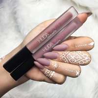 Huda Beauty lip gloss