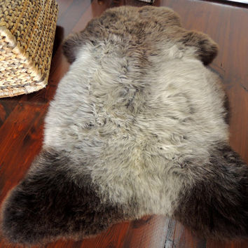 Wonderful Genuine Natural Soft Wool Sheepskin Rug - Herdwick - egSN 27