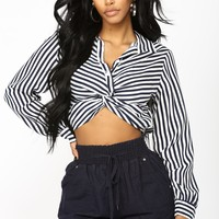 Amiyah Striped Top - Navy/White