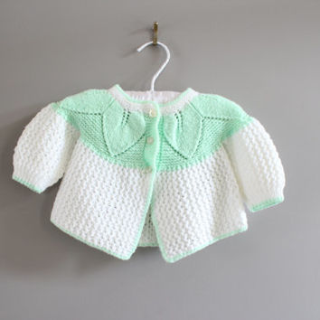 Hand Knitted Baby Cardigan Size 0 to 3 M #k002a