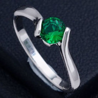 Dainty 18K White Gold Plated Green Solitaire Cubic Zirconia Ring