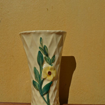 Vintage Wall Pocket Vase, 1940's Wall Hanging Pottery,  Collectible,  Cream Vase Planter