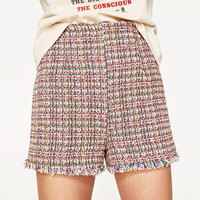 STRUCTURED HIGH WAIST BERMUDA SHORTSDETAILS