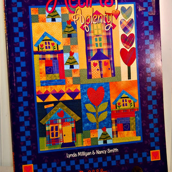 Hearts A Plenty by Linda Milligan & Nancy Smith (c.2001) Possibilities, Heart Quilts, Baby Quilts, Gift Ideas, How To Quilt, Hanging Quilt