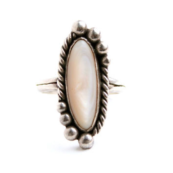 Vintage Sterling Silver Pink Mother of Pearl Ring - Size 9 Statement Native American Jewelry / Tribal Studs