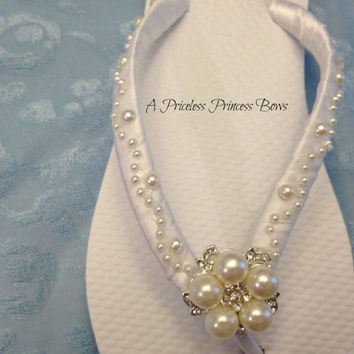 White Wedding Pearl Flip Flops Womens Bridal Satin Bridesmaid Prom Beach Rhinestone Crystal Embellishment