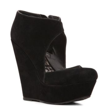 Dollhouse Soul Wedge Pump