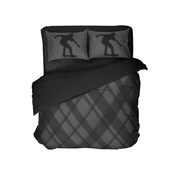 Black and Grey Plaid Comforter with Skateboard Pillowcases