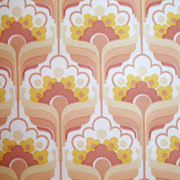 Super Cute Pink Vintage Wallpaper Roll - Yellow Flower Retro Pattern 1970s Europe - A Full Roll 10m