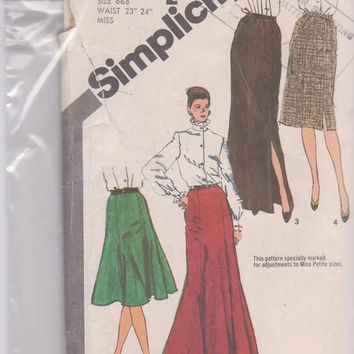 "Vintage 1980s pattern for 4 or 6 gore skirt, straight or flared, knee or floor length misses size 6 8 waist 23"" 24"" Simplicity 9772 UNCUT"