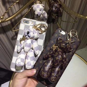 LV Louis Vuitton Bear Mobile Phone Shell iPhone Phone Cover Case For iphone 8 8plus iPhone6 6s 6plus 6s-plus iPhone 7 7plus