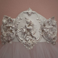 Mirabelle Bed Crown