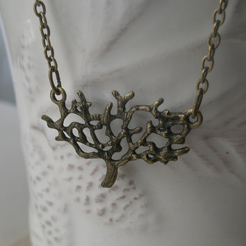 Tree necklace- Tree of life necklace- Antique brass necklace- Spring accessory- Nature- Feminine