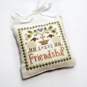 Friend gift idea, gifts for best friend, sister gift, rustic decor, primitive decor, brown pillow, Thank You gift, family gift