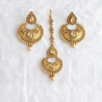 South Indain Gold Chand Bali Earrings Tikka Jewelry Studded With Kundan and Crystals/Ethnic Jewelry/Traditional Long Earrings/Polki Earrings