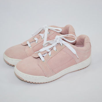 Vintage 90s Sneakers  Suede Leather Tennis Shoes Lower East Side Sneakers Pink and White Sneakers Urban Streetware Hip Hop Shoes Size 10