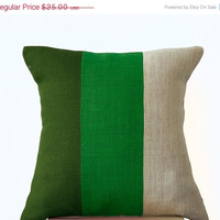 Valentine SALE Chic Green Burlap Pillow -Throw Pillows color block- Decorative green cushion cover- Burlap Throw pillows -14x14  -Forest mos