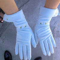 Vintage 1960's powder blue gloves with floral embroidery