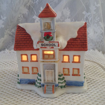 HOMCO Christmas Village School House, Dickens Style Ceramic Decor 5108, Illuminated Holiday Display
