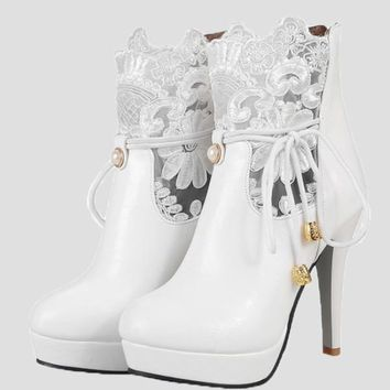 New White Point Toe Pearl Embroidery Fashion Ankle Boots
