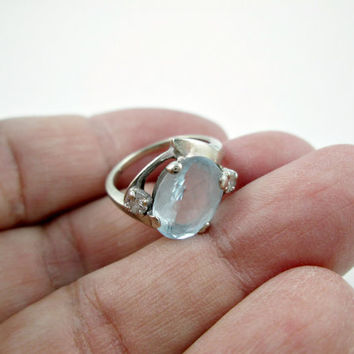 Vintage 14k White Gold Ring Aquamarine and Diamond Ring Pretty Petite Size 3.75 Perfect Pinkie Ring Well Made Solid Not Flimsy