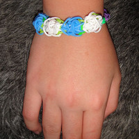 flowers blue, white, and green rainbow loom
