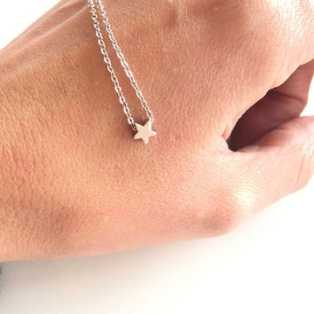 Tiny star bracelet Make a wish star bracelet Simple bracelet SH004