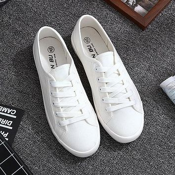 White Canvas Shoes Sports Tennis Women Shoes Autumn Flat Oxford Shoes Woman  Female Wild Literary Shoes dd41aa48f0b8