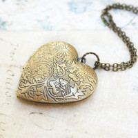 Heart Locket Necklace Gold Floral Locket Pendant Vintage Style Large Picture Locket Romantic Long Necklace Secret Hiding Place