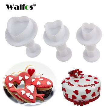 WALFOS 3 pieces Fondant Gum Paste Cupcake  Mold Love Heart Shape Cookie Plunger Cutter Biscuit Christmas Cake Decorating Tool
